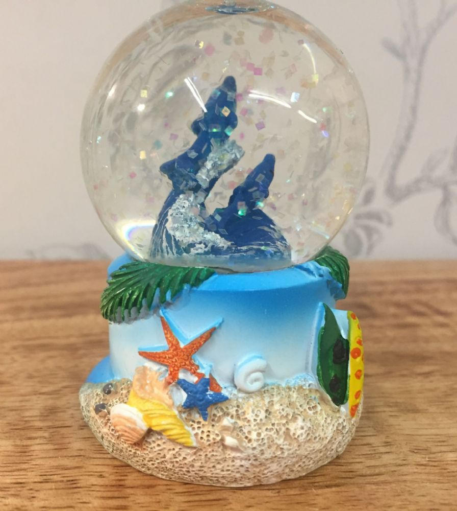 Twin Dolphins Sealife Snow Globe Glitter Ball